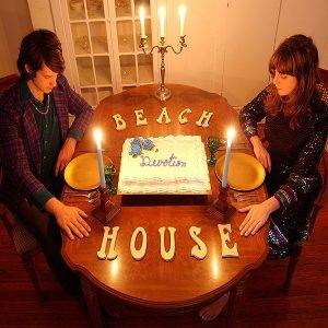 capa do álbum devotion do duo beach house