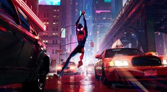 Cena de Homem-Aranha no Spiderverso