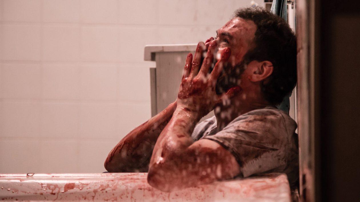 Agustín Rittano em cena do filme Aterrorizados