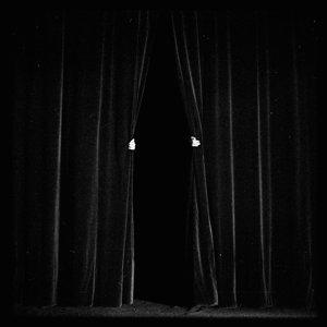 "Capa do álbum ""Knocturne"", da banda Be Forest"