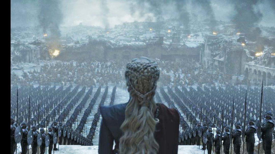 Foto de Daenerys Targaryen, personagem de Emilia Clarke no último episódio de GOT