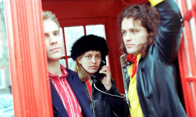 """Foto da banda irlandesa whenyoung que lançou o álbum """"Reasosn to Dream"""""""