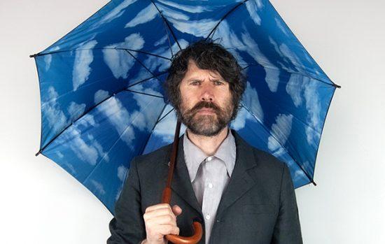 Foto de Gruff Rhys para noticia sobre o álbum Pang!