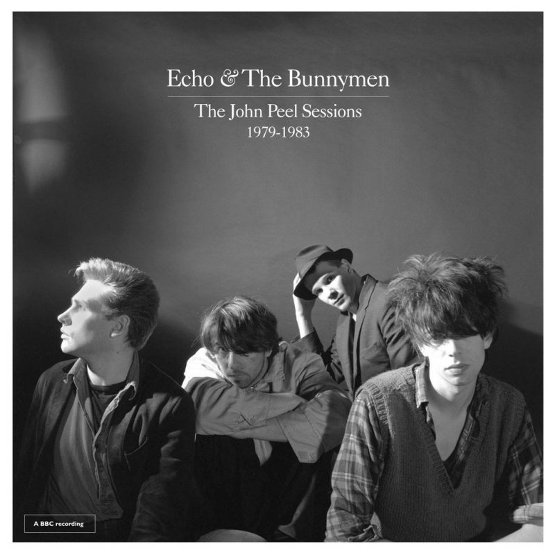 "Capa do álbum ""The John Peel Sessions"", da banda Echo and the Bunnymen"