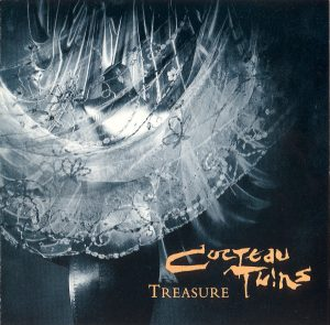 Capa do álbum Treasure, da banda Cocteau Twins