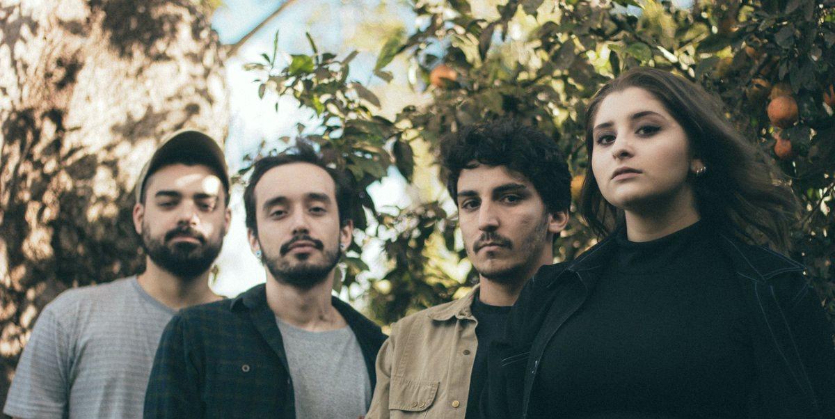 Foto da banda goiana Ousel para entrevista