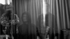 Foto da banda Muzz, projeto de Paul Banks (Interpol)