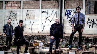 Kaust, foto da banda