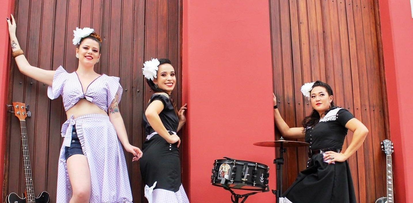 Time Bomb Girls - Foto para resenha de Las Três Destemidas
