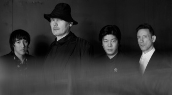 Smashing Pumpkins, noticia do single Cyr e The Colour of Love