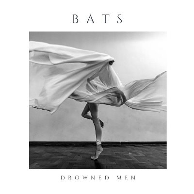 Capa do álbum BAts, do Drowned Man