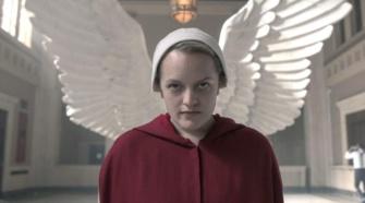 Elisabeth Moss em imagem da quarta temporada de The Handmaid's Tale