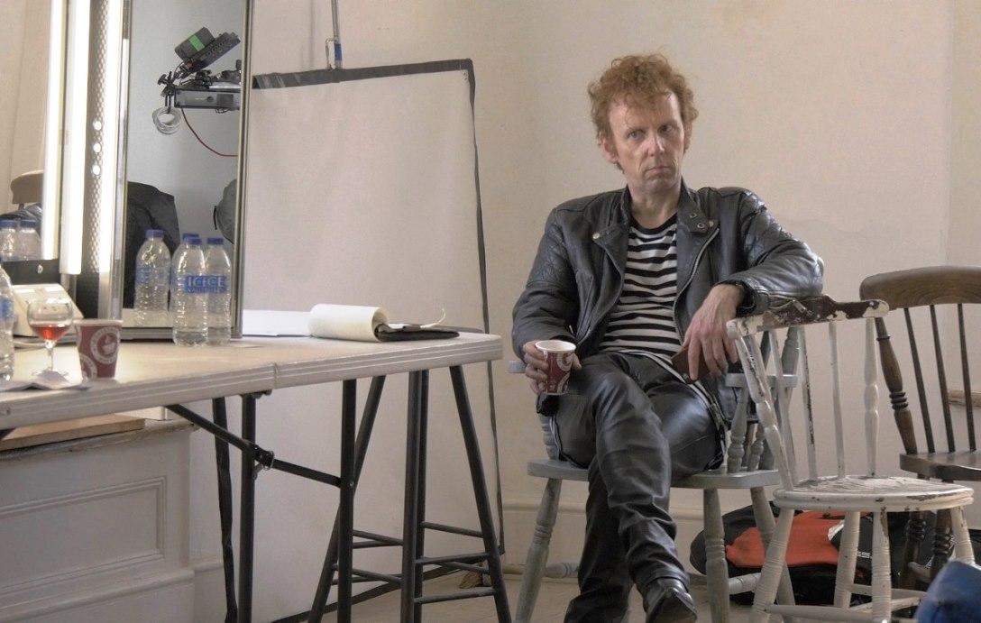 Ewen Bremner como Alan McGee